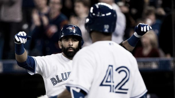 Toronto Blue Jays Bats Come Alive In 12-7 Beat Down Of The Rays