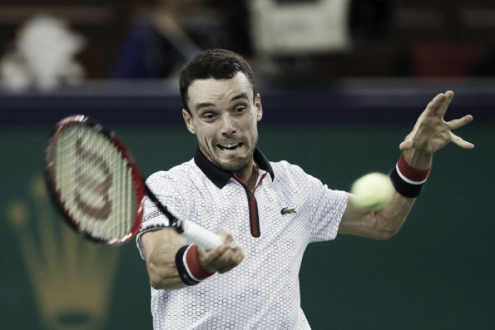 ATP Shanghai: Favourites to battle surprises in semifinals