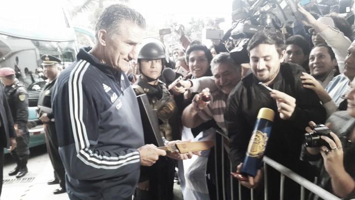 """Bauza: """"No me importa lo que puedan opinar de Higuaín, yo confío en su juego"""""""