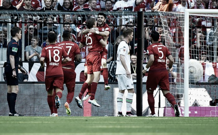 Bayern Munich 1-1 Borussia Mönchengladbach: Bundesliga title put on hold for another week
