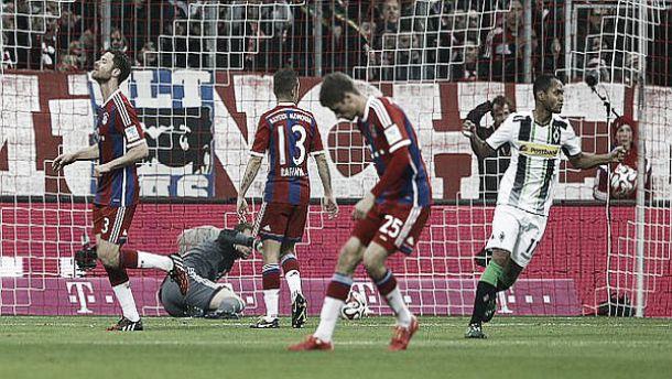 Raffael e Neuer condannano il Bayern: passa il Gladbach 2-0