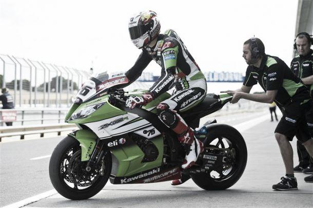 """Loris Baz: """"Tengo varias opciones de correr en Superbikes o en MotoGP"""""""