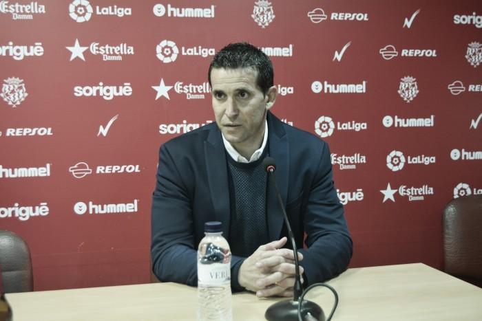"""Juan Merino: """"Tantas bajas trastocan tus planes, pero la plantilla está preparada para ganar"""""""