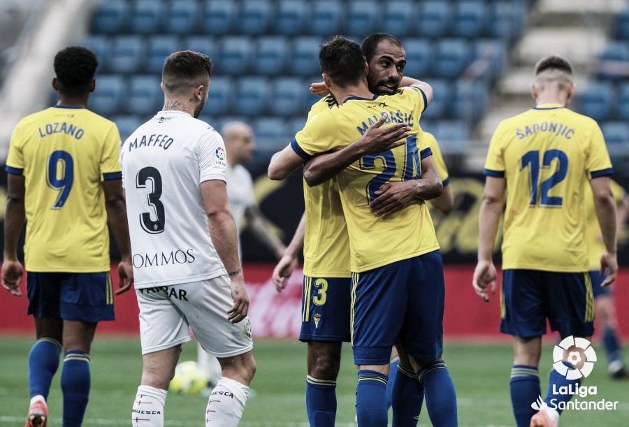 El Huesca comete un paso en falso grave