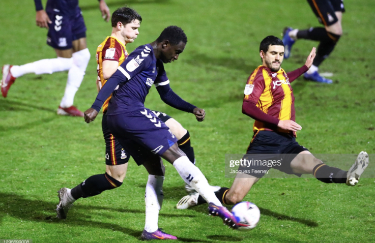 Southend attack through Elvis Bwonomo (Source: Jacques Feeney, Getty Images)
