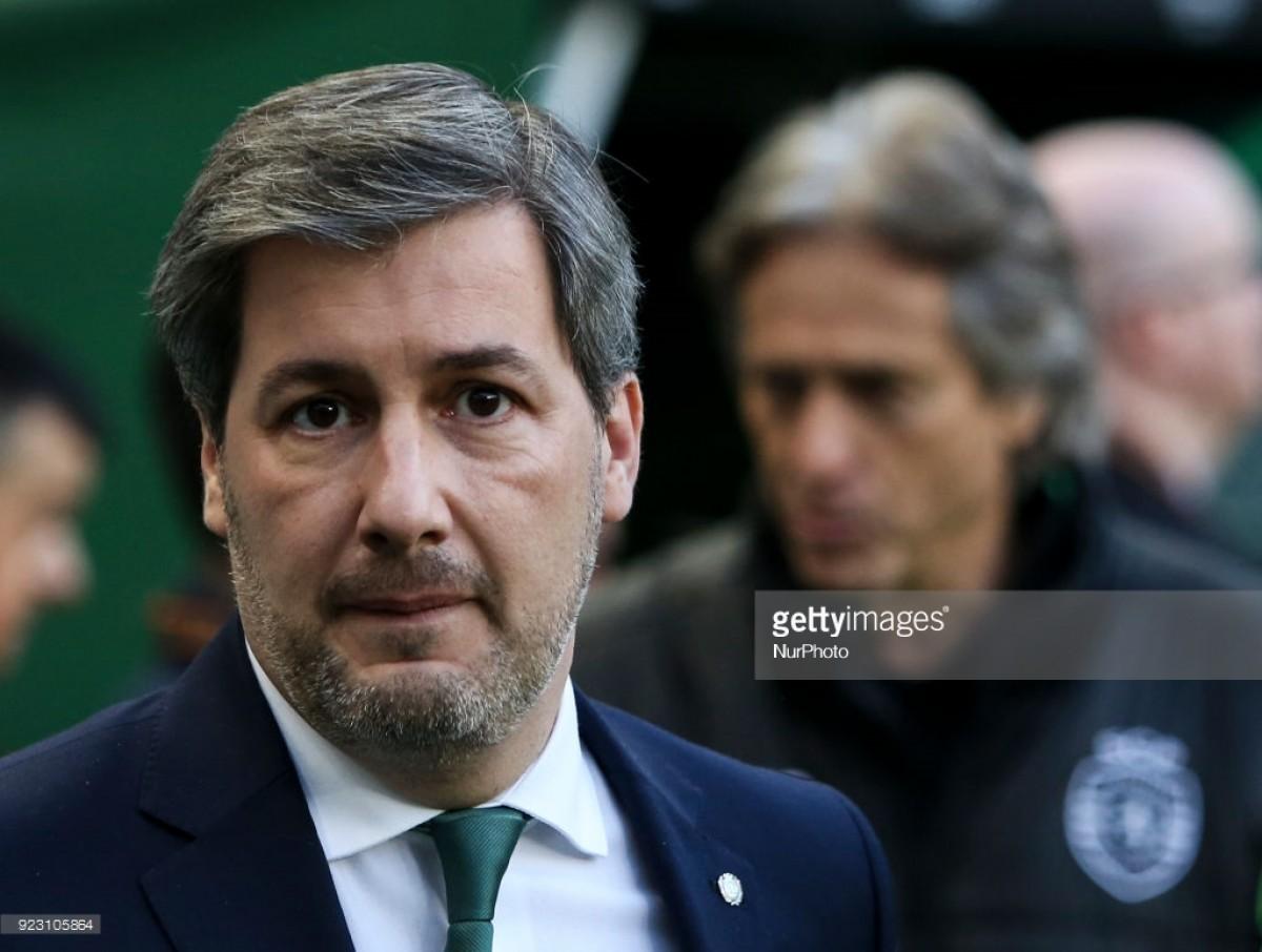 """Bruno de Carvalho suspende jogadores, volta atrás, e deixa Jesus convocar os """"que quiser"""""""