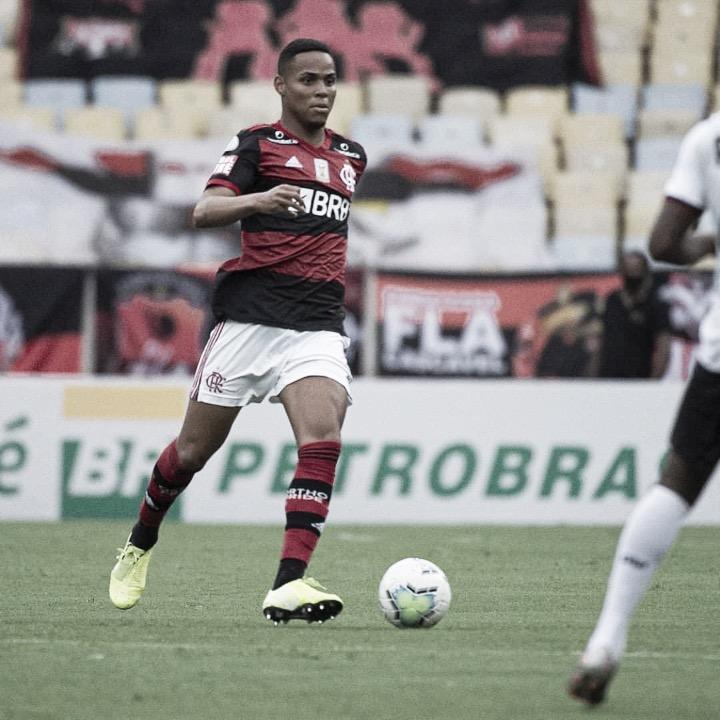 Após Ramon, Flamengo encaminha renovação com zagueiro Natan