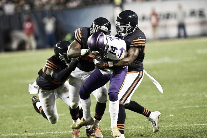 Defesa domina e Bears derrota Vikings no Soldier Field