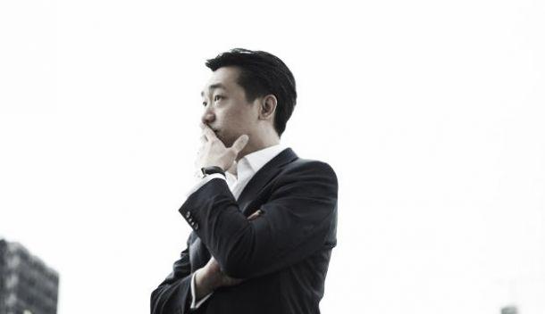 Mr.Bee - Milan, la Finivest vola ad Hong Kong, la trattativa è agli sgoccioli?