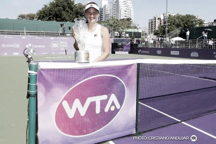 Brasil Tennis Cup: Irina Camelia Begu supera Timea Babos e é campeã do torneio