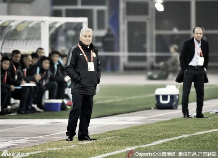 Alberto Zaccheroni não resiste aos resultados ruins e é demitido do Beijing Guoan