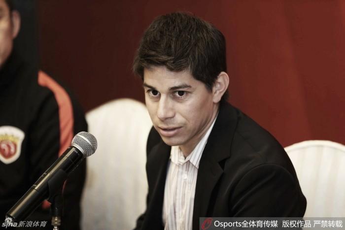 Darío Conca renova contrato com Shanghai SIPG por dois anos