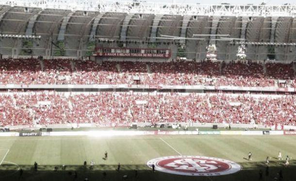 Peñarol cayó en Brasil en reinauguración del estadio Beira Río