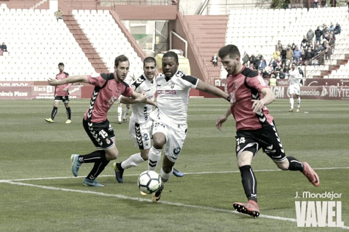 El Albacete mantiene la distancia con el playoff tras el empate ante la Cultural