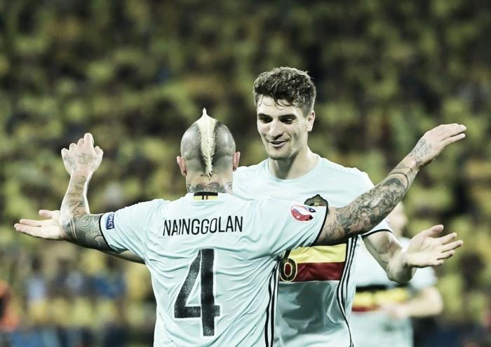 Bélgica vence Suécia, se classifica às oitavas e aposenta Ibrahimovic da seleção