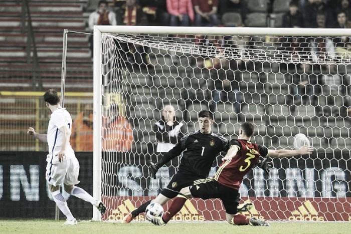 Lukaku aproveita falha de goleiro da Finlândia e Bélgica arranca empate no fim