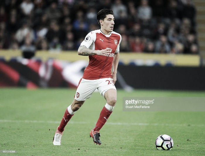 Arsenal delay Hector Bellerin contract talks