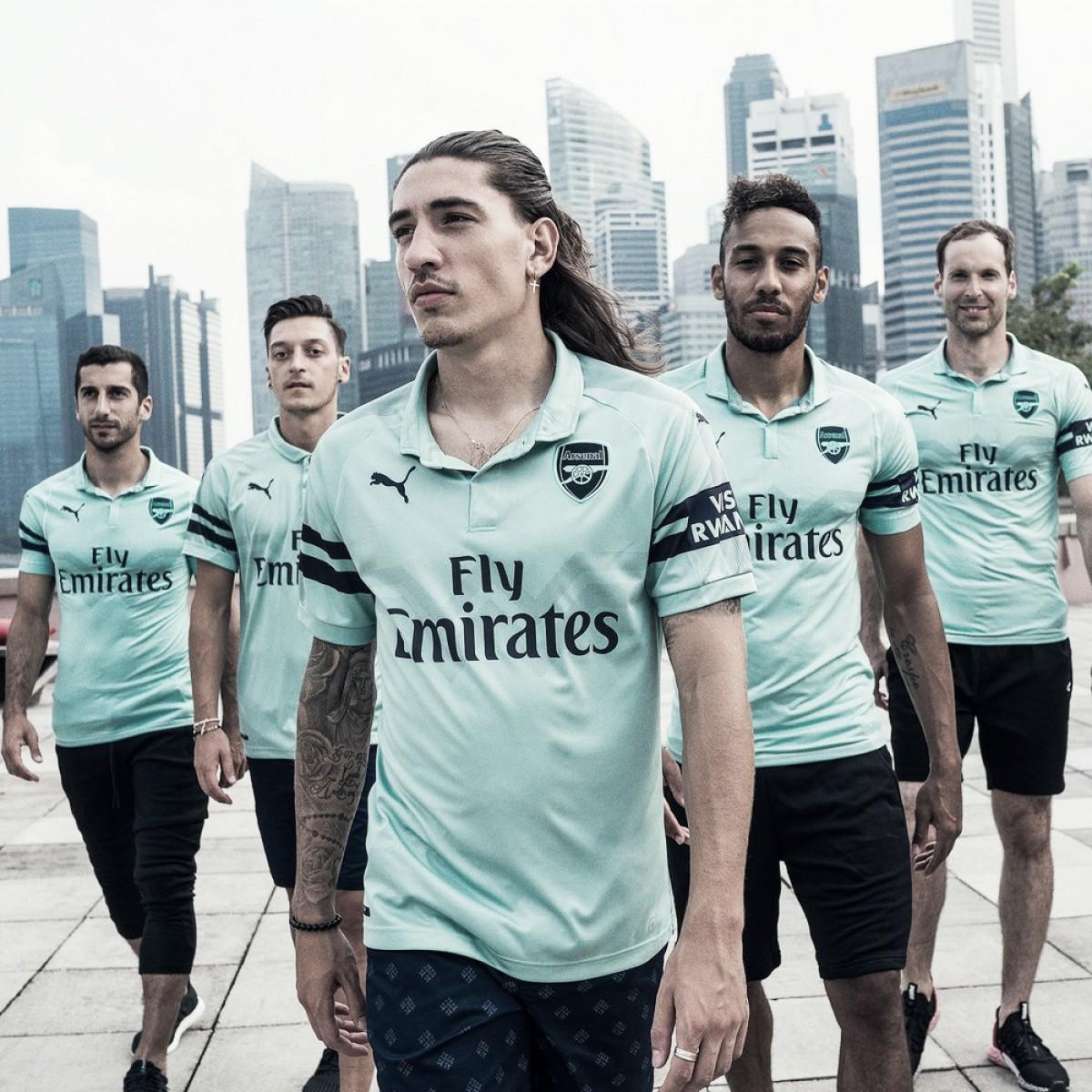 Arsenal divulga terceiro uniforme durante pré-temporada em Singapura