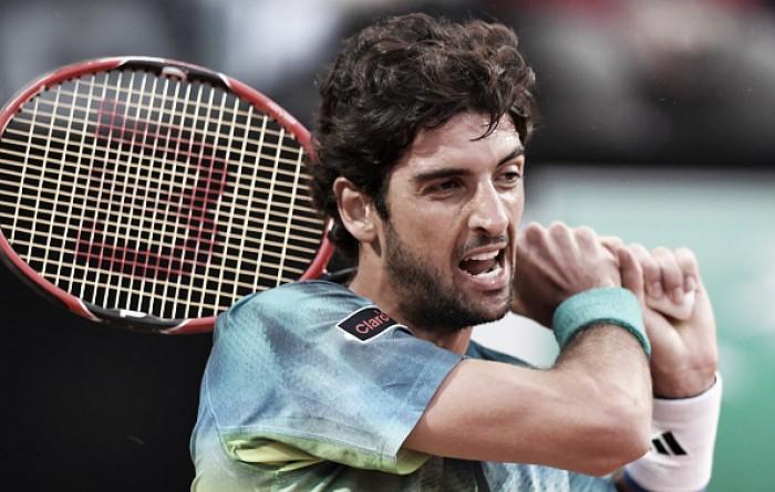 """Thomaz Bellucci aplica """"pneu"""", mas é superado por Djokovic em Roma"""