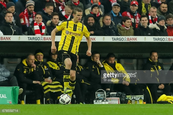 Sven Bender leaves Borussia Dortmund to join twin brother Lars at Bayer Leverkusen