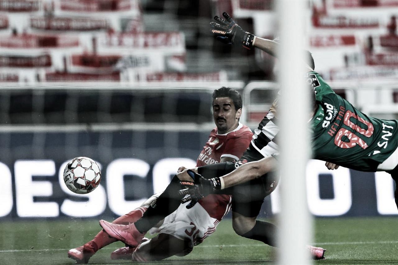 Coincidência? Na primeira partida sem Bruno Lage, Benfica joga bem e derrota Boavista