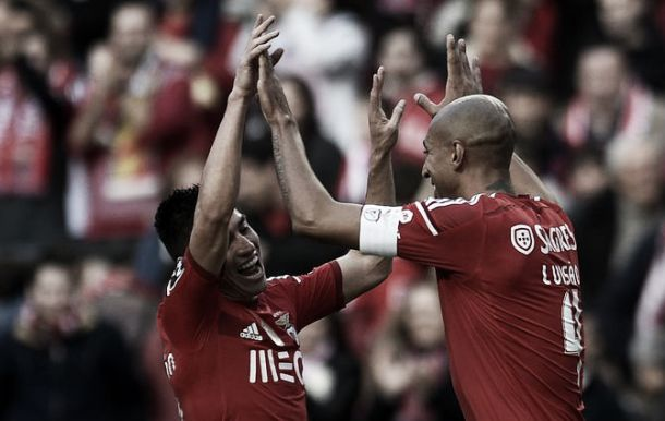 Em dia de festa, Benfica encanta (e goleia)