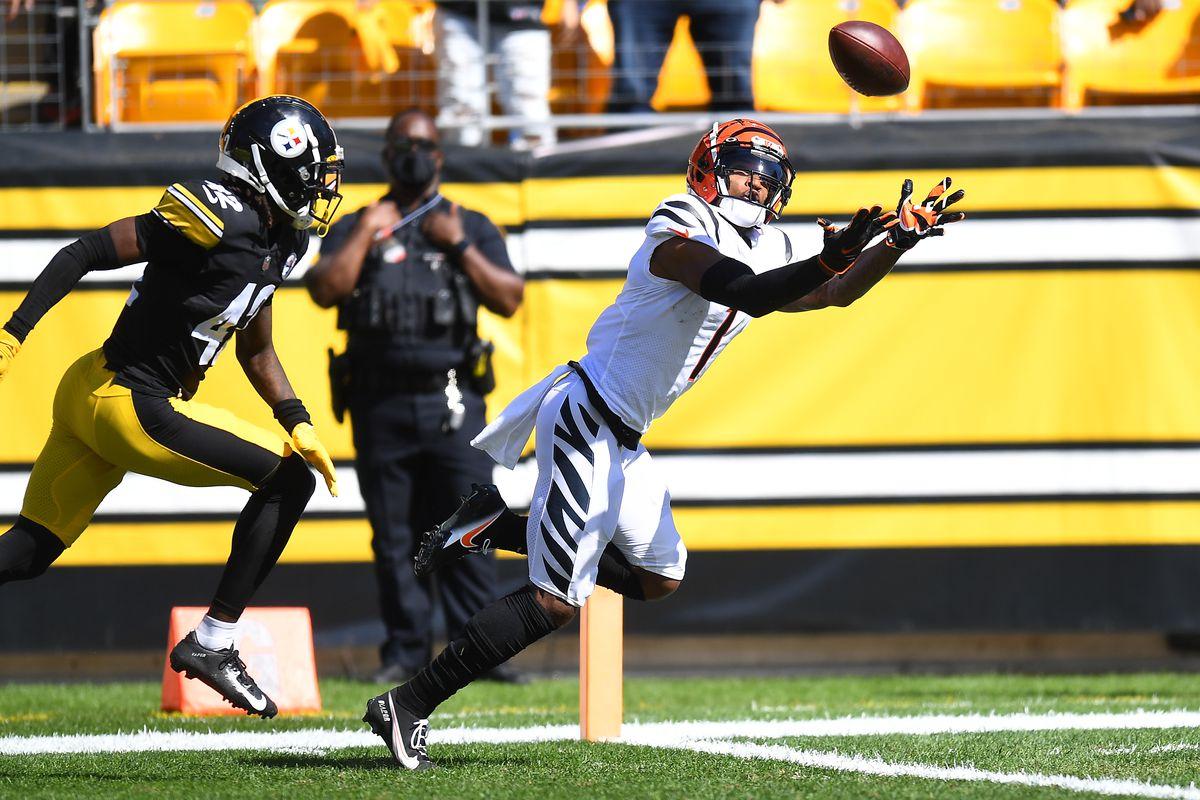 Bengals sacan la victoria ante unos inoperantes Steelers