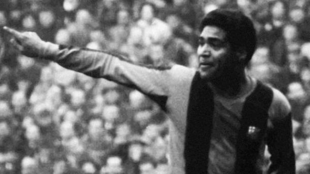 El uruguayo que falleció previo a un Barcelona - Real Madrid