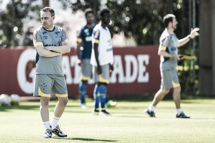 Jogadores aprovam intensidade dos treinamentos comandados por Paulo Bento no Cruzeiro
