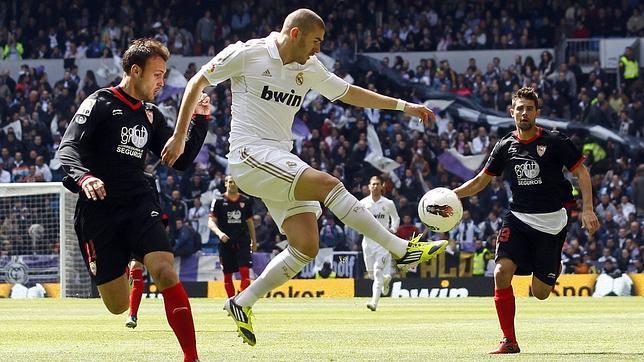 Un Madrid 'campeón' aleja al Sevilla de Europa