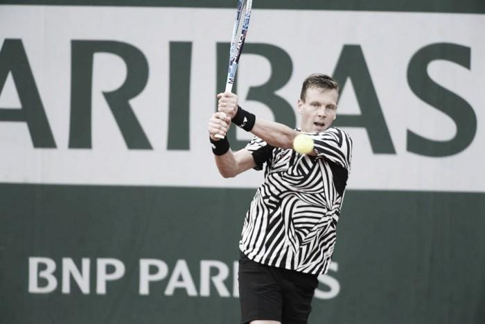 Roland Garros, ai quarti Djokovic e Berdych. Wawrinka e Murray già in semifinale