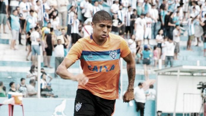 Goiás faz proposta por Bérgson, artilheiro do Paysandu na Série B