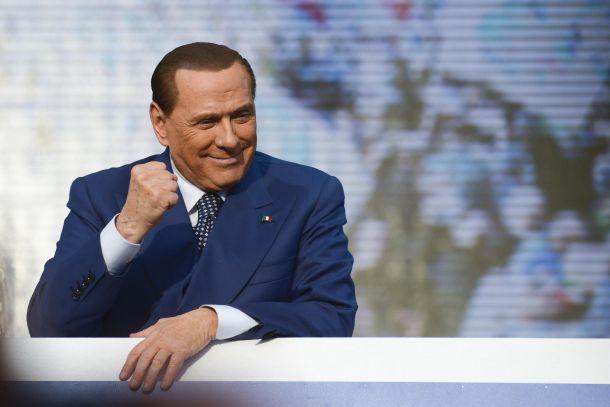 """Berlusconi: """"Niente nomi sul mercato, ma torneremo grandi"""""""