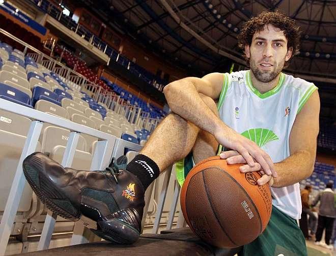 Berni Rodríguez pone punto y final a su trayectoria de trece temporadas en el Unicaja de Málaga