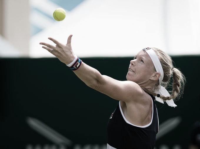 Bertens elimina Sabalenka e avança para enfrentar Pliskova em Eastbourne