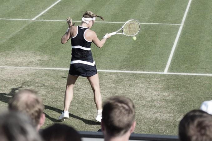 Bertens atropela Vikhlyantseva e avança no Libema Open
