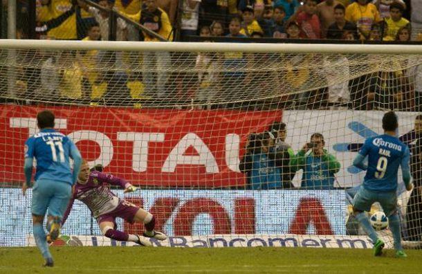 Con polémica incluida, América venció al León