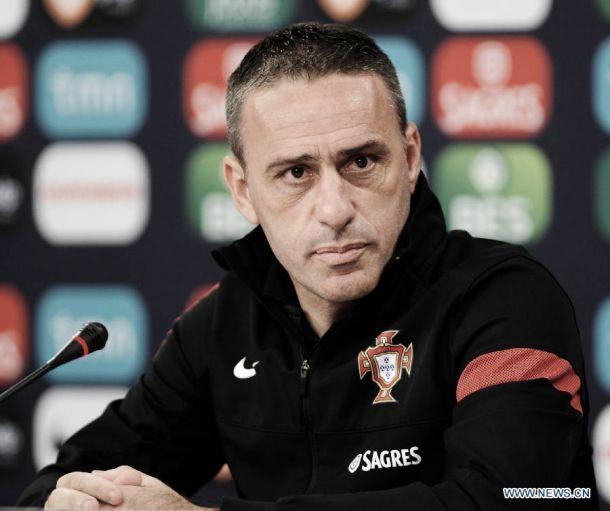 Paulo Bento: «Aconteça o que acontecer, não me demito»