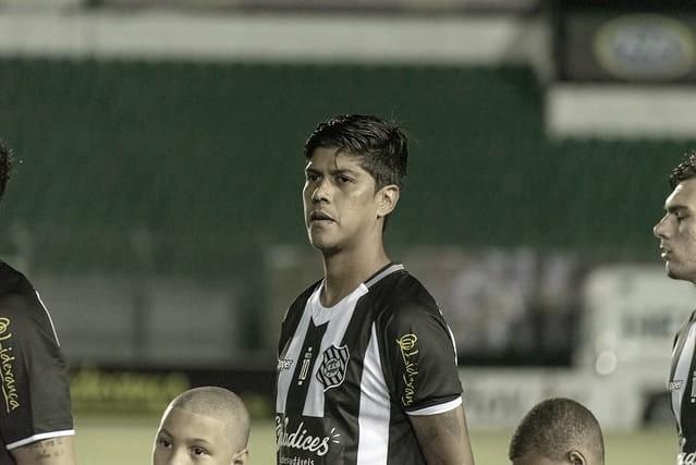 """Betinho ressalta importância de primeira vitória do Figueira no Brasileiro: """"Estávamos precisando"""""""