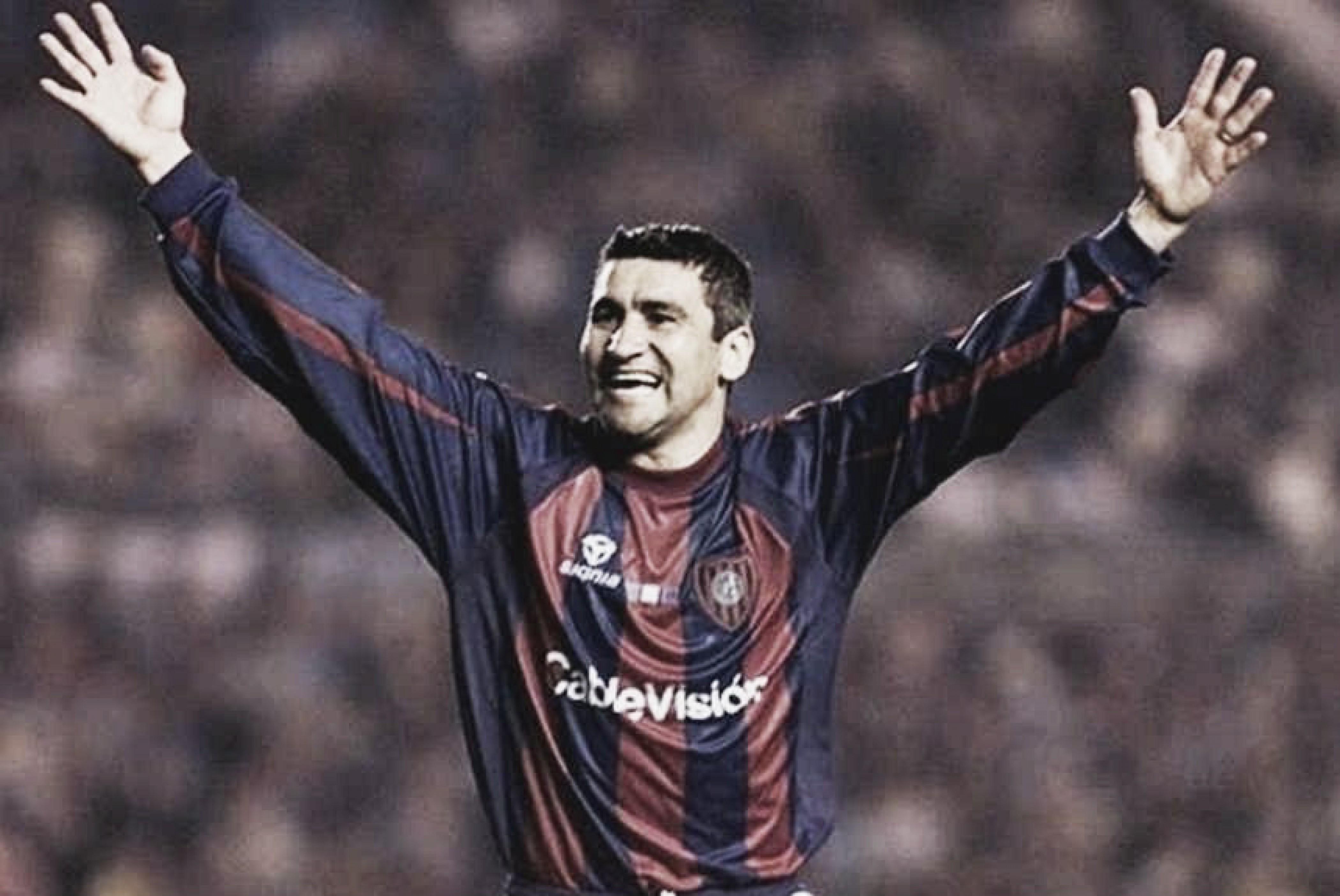 Un día como hoy pero de 1988, El Beto Acosta metía su primer gol con San Lorenzo