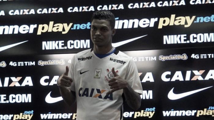 """Com fama de indisciplinado, Bruno Paulo chega ao Corinthians: """"Quero mostrar que mudei"""""""