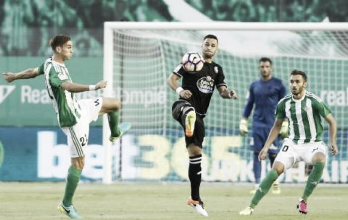 Em jogo tecnicamente fraco, Betis e La Coruña não saem do zero