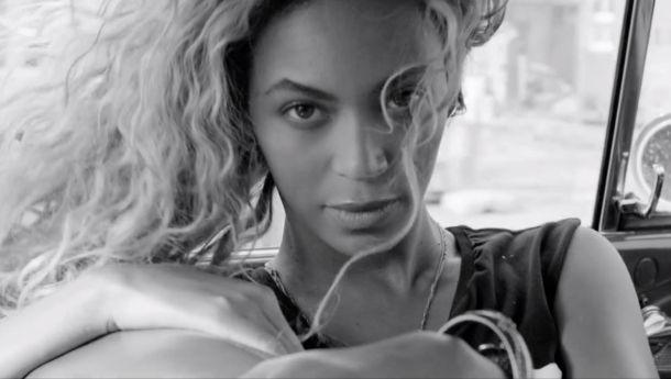 Beyoncé presenta 'Yours And Mine' por el aniversario de su álbum