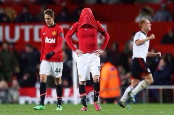 Manchester United sofre gol no último minuto e fica no empate com o Fulham
