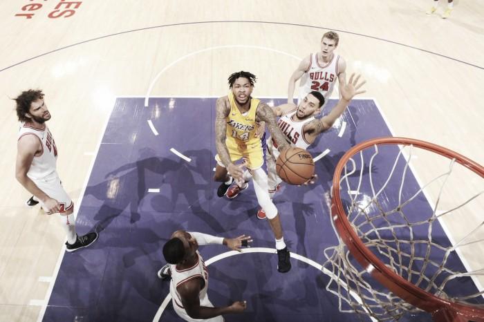 NBA, i Lakers rimontano i Bulls allo Staples (103-94)
