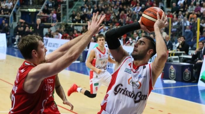 Lega Basket - Una Reggio Emilia decimata abbatte Milano (91-87)