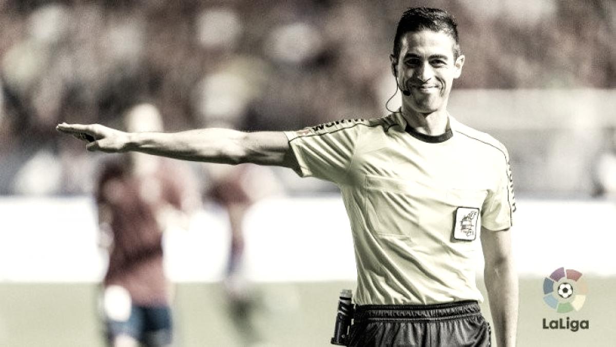 Analizando a Vicandi Garrido, el árbitro del Real Zaragoza-Real Oviedo