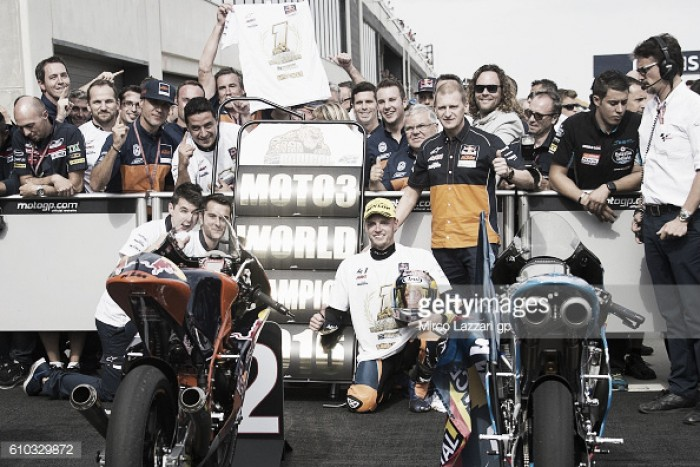 Binder becomes Moto3 champion in Aragon and 1st South African champion in 35 years