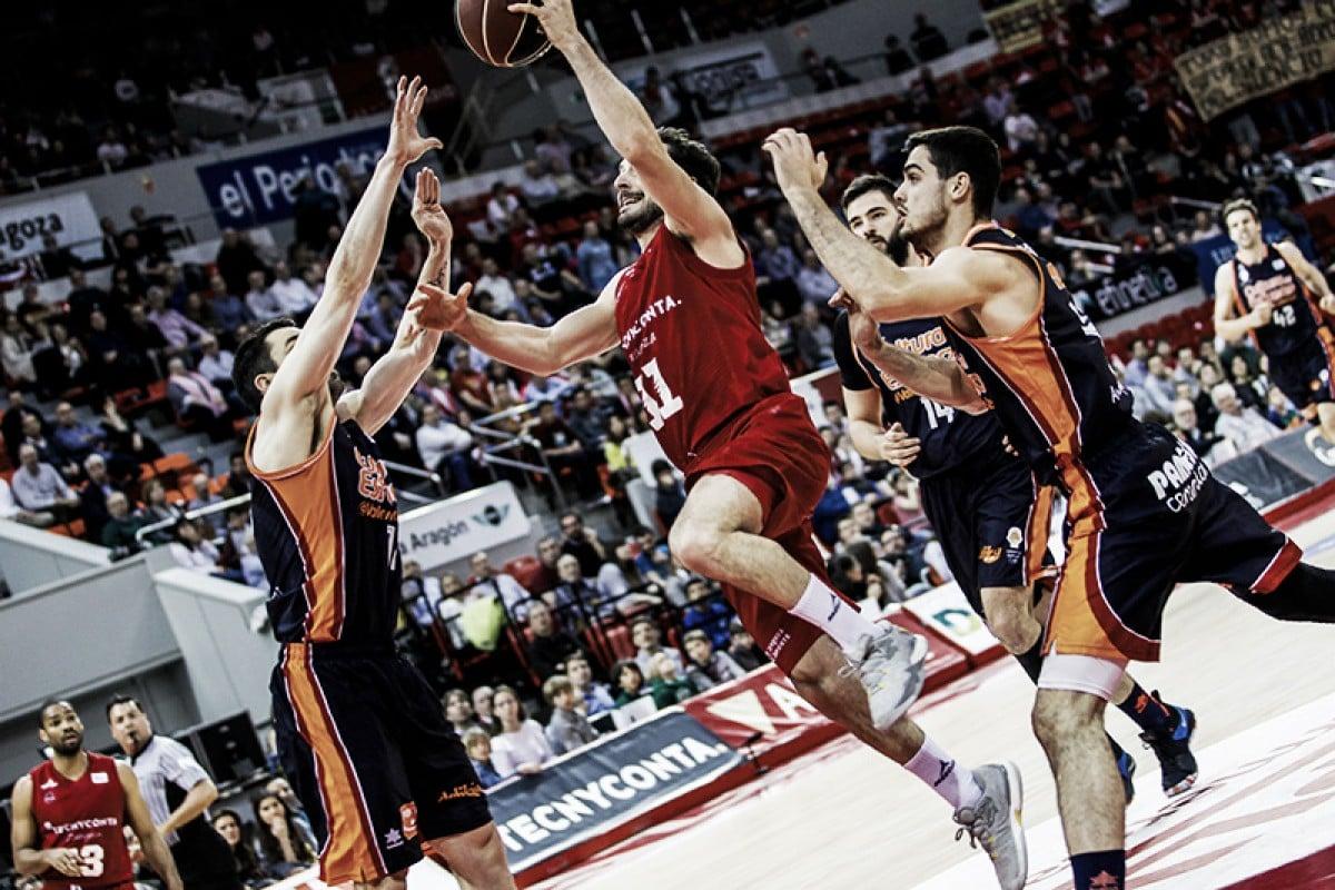 Valencia Basket impone su ley en Zaragoza