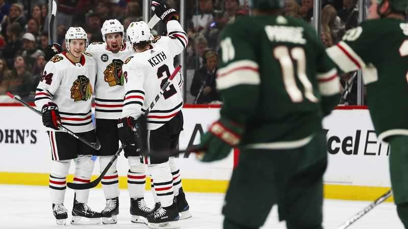 Chicago Blackhawks: Making a playoff run complicates their trade deadline choices